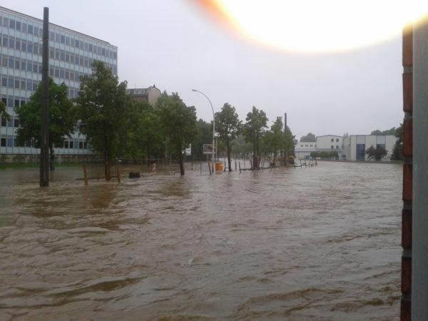 Büroland Hochwasser 2013